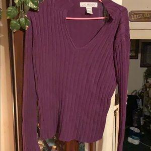 Sz lg vneck sweater by J.G.Hook
